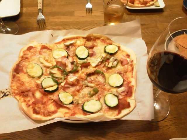 ピザ作り〓