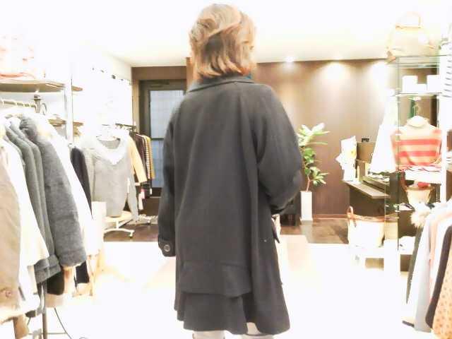 大人のお出掛けコートです。
