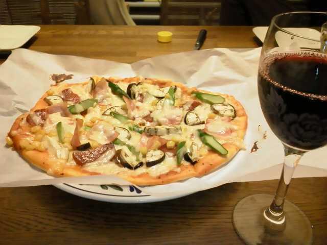 ホームメイドピザ