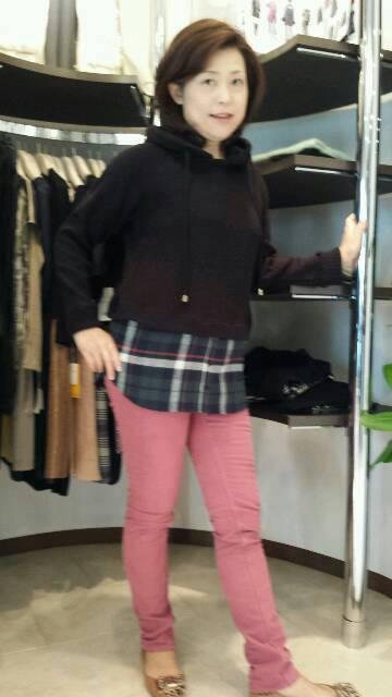 『ジェットレーベル』ニットパーカー+ネルシャツ