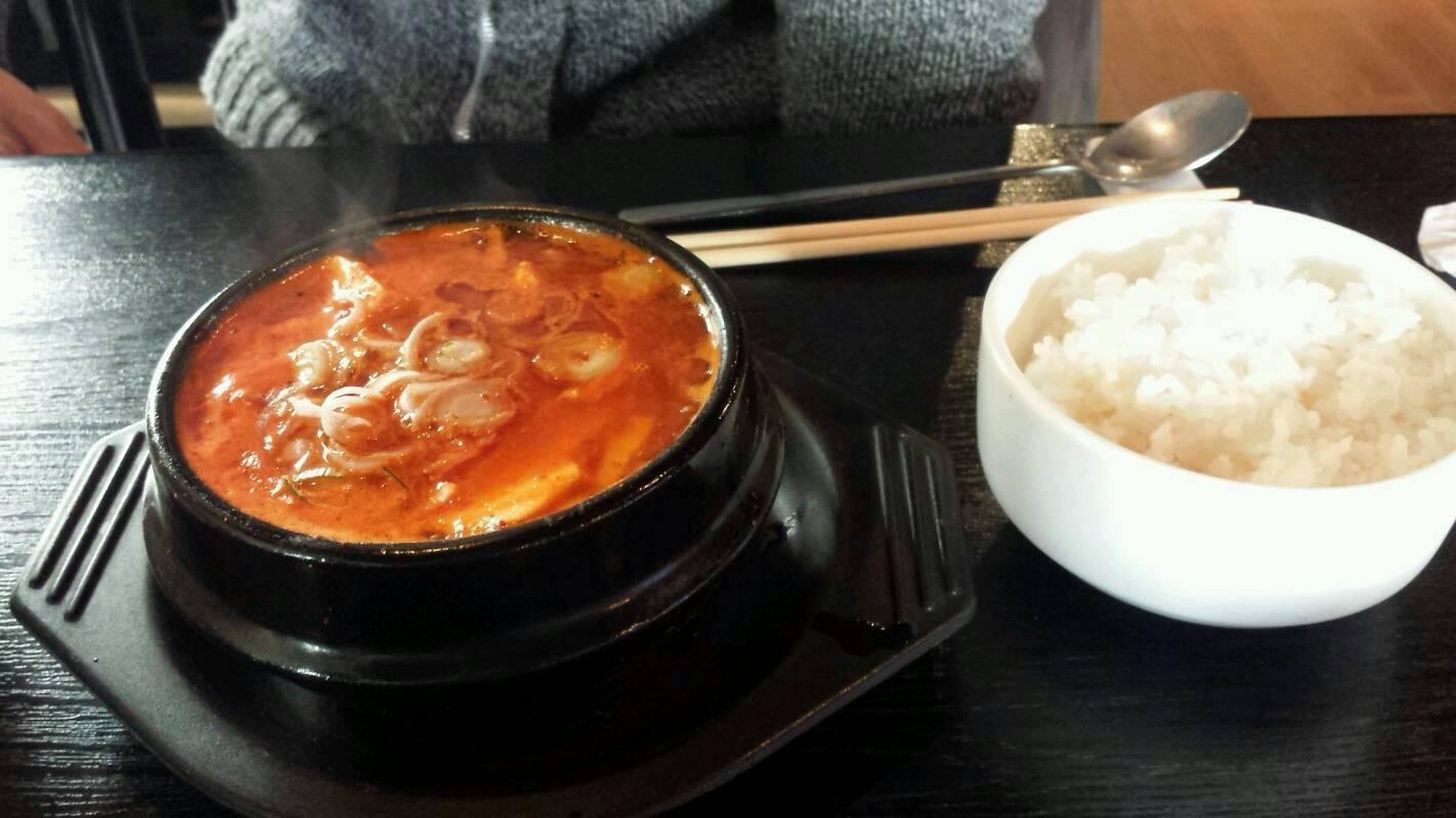 沼津にある韓国家庭料理のお店です。