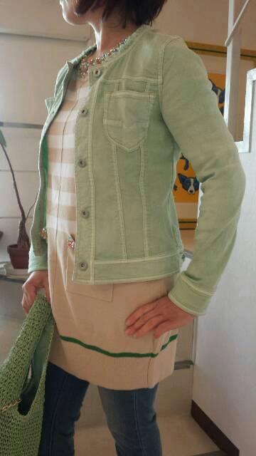『シビリゼ』ストレッチジャケットの春コーディネート